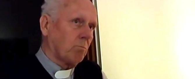 «La pedofilia? Posso capirla». Prete agghiacciante su La7 (VIDEO)