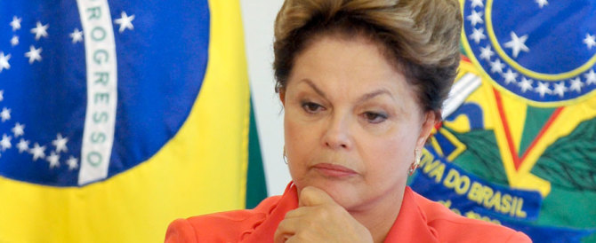 Brasile, ok commissione Camera a impeachment per Dilma Rousseff