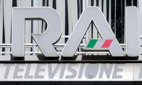 L'Osservatore Romano attacca la Rai di Renzi: «Fuori controllo con l'alibi dello share»