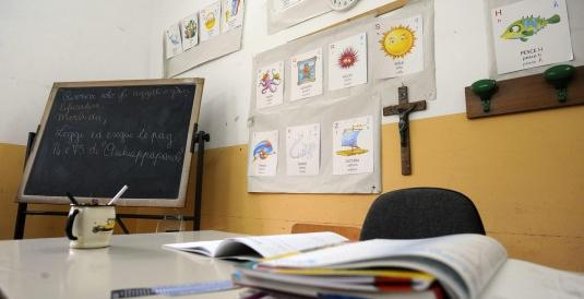 """Dopo il Crocifisso, l'ora di religione a scuola. Parte la """"guerra"""": «Va tolta»"""