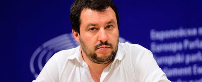 """Salvini sfida Grillo: """"Sulle unioni gay voti con noi e faremo cadere Renzi"""""""