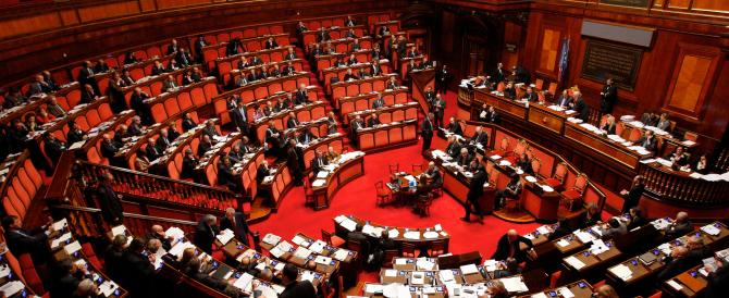 Riforme, sì del Senato all'articolo 2. Non serve il soccorso di Verdini