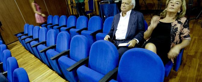 Forza Italia: «I sondaggi azzerano Alfano e Verdini, è dura per chi se ne va»