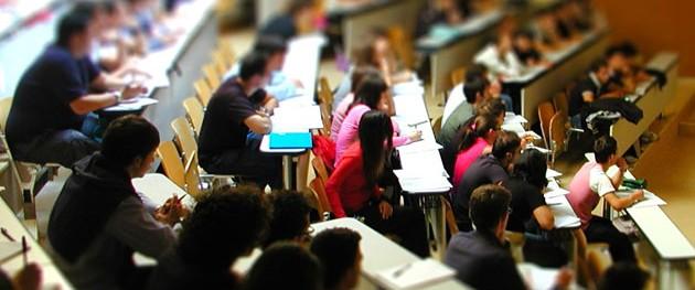 Torino, chiedeva sesso per voti alti: professore universitario ai domiciliari