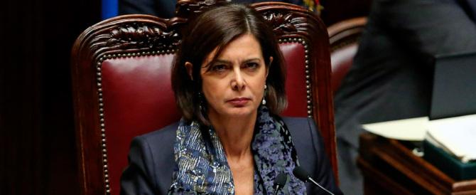 Forza Italia contro la Boldrini: «Per lei i morti delle foibe sono di serie B»