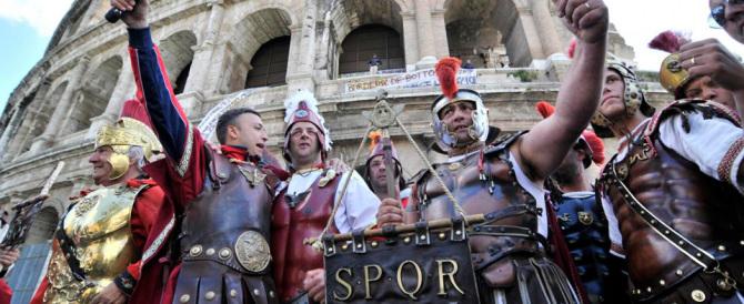 """Il prefetto Tronca dice basta ai centurioni romani: """"aggressivi e indecorosi"""""""