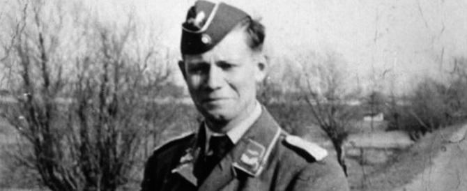 Quando Helmut Schmidt si iscrisse alla Gioventù di Hitler