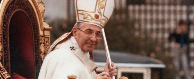 Il vescovo vicino a Cl: Bergoglio deve fare la fine di papa Luciani…