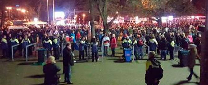 Evacuato lo stadio di Hannover. Annullata la partita Germania-Olanda