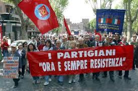 Anpi, antagonisti e soliti noti: «I fascisti e Salvini fuori dalla nostra Bologna»