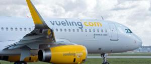 Scritte in arabo sulle fusoliere degli aerei Vueling, partono gli accertamenti