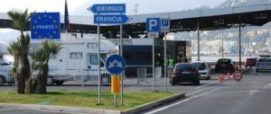 """Nuovo schiaffo di Parigi: Ventimiglia presidiata dalla """"legione straniera"""" francese"""