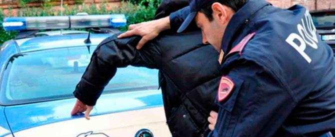 Arrestato in Belgio l'artificiere delle stragi a Parigi