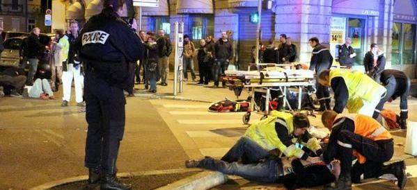 Apocalisse islamica sulla Francia. Almeno 158 morti. L'Europa è in guerra