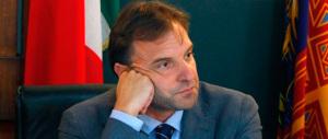 Padova, il sindaco Bitonci fa cancellare le scritte offensive sulle Foibe