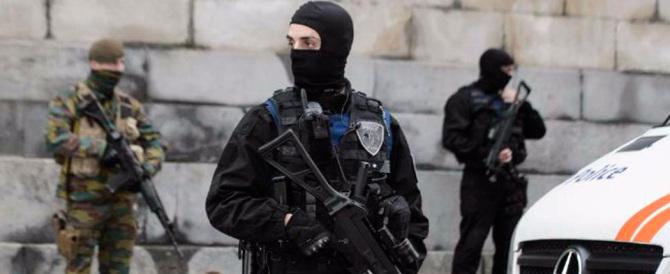 Coprifuoco a Bruxelles: media silenziati, massima allerta ed esercito in centro
