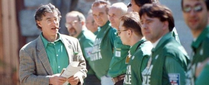 Lega, «non luogo a procedere» per le Camicie verdi. Dopo appena 20 anni…