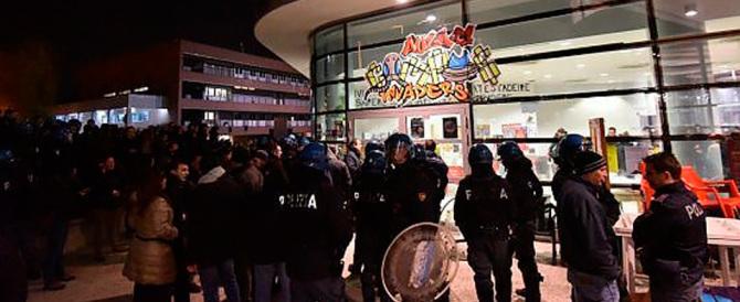 Gli antagonisti aggrediscono i giovani di destra al Campus di Torino