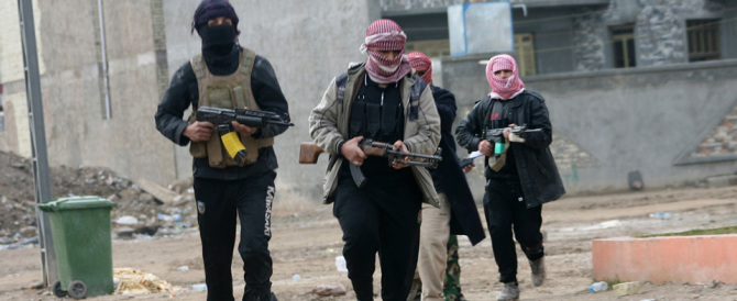 Arrestati in Catalogna altri 2 presunti reclutatori di terroristi per l'Isis