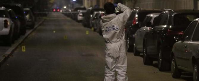 Ebreo accoltellato a Milano. È allarme antisemitismo, ma la polizia è cauta