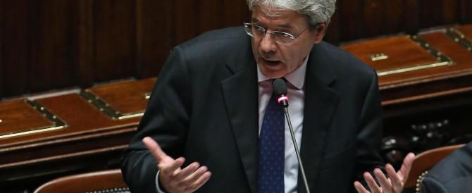 Gentiloni frena sull'opzione militare: «Nessuno metterà gli scarponi in Siria»