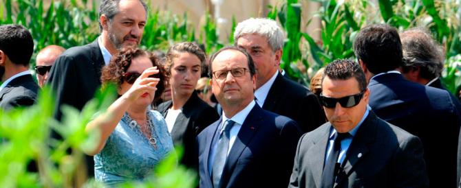 La figuraccia di Hollande: «Vuole un caffè?». Una farsa, ecco cos'è accaduto