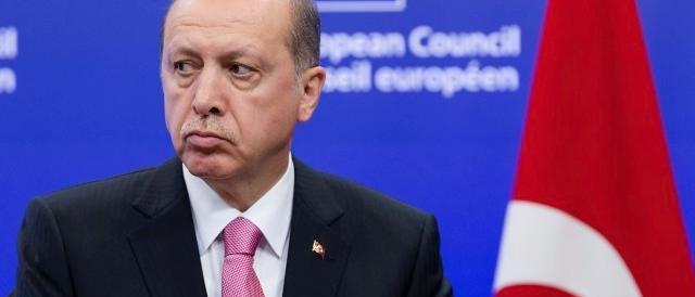 L'Europa regala 3 miliardi alla Turchia per i profughi. A dicembre l'acconto