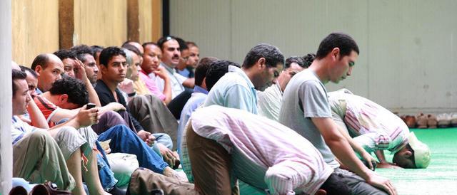 """Il """"Times"""": imam estremisti predicano l'odio nelle carceri britanniche"""