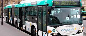 Parigi, le indagini: uno dei kamikaze era un conducente di autobus
