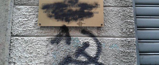 Padova, imbrattata la targa in ricordo di Mazzola e Giralucci