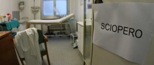 I medici scioperano il 16 dicembre: «Il governo fa cassa sui malati»