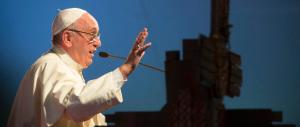 «Arrotolati nei tappeti e bruciati vivi»: il Papa ricorda i martiri dell'Uganda