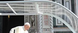 Papa Francesco ai vescovi: «No a una Chiesa ossessionata dal potere»