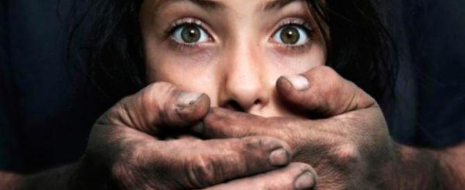 Pedofilia, studio choc: in Gran Bretagna impuniti l'85% degli abusi