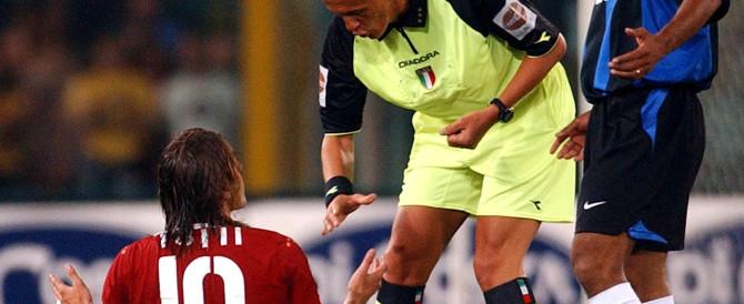 Bambino senza capelli, il messaggio dell'ex arbitro Pierluigi Collina