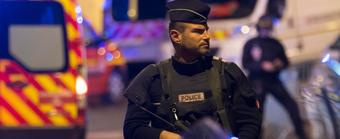 La strage minuto per minuto. Poco dopo le 21 a Parigi scoppia l'inferno