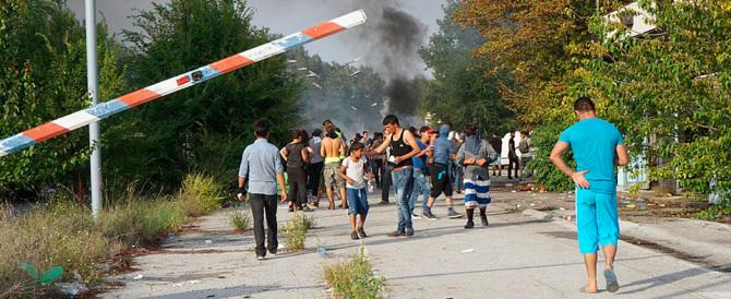 Prenotazioni in hotel per i profughi: a Piacenza ore di rabbia e confusione