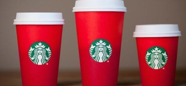 Usa, guerra alle tazze di Starbucks: scandalo, non c'è Babbo Natale!
