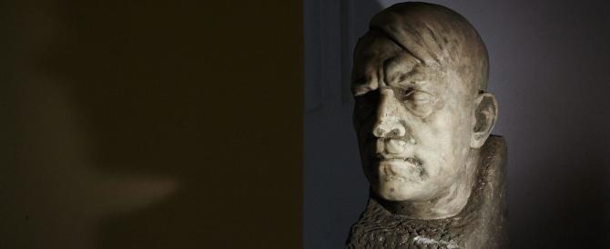 Hitler, ritrovata a Danzica una statua del '42. Esposta al Museo Nazionale