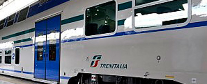 Roma, atti osceni in treno: un romeno costringeva le donne a guardarlo