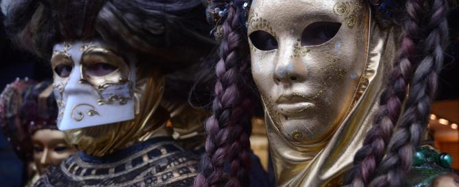 """Il sindaco di Venezia: """"Le maschere? A Carnevale ci saranno, eccome"""""""
