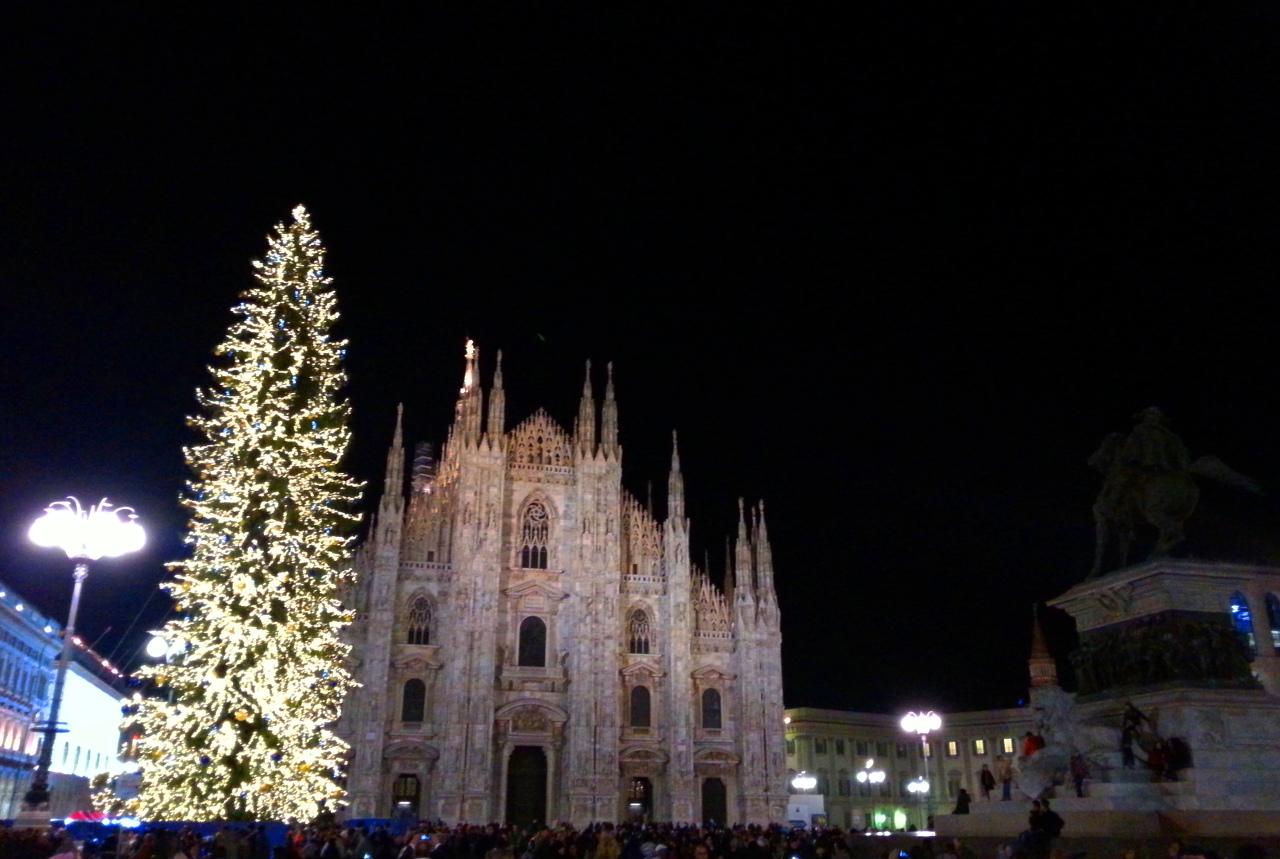 Niente Natale a Milano. Pisapia cambia il presepe con il Biancoinverno