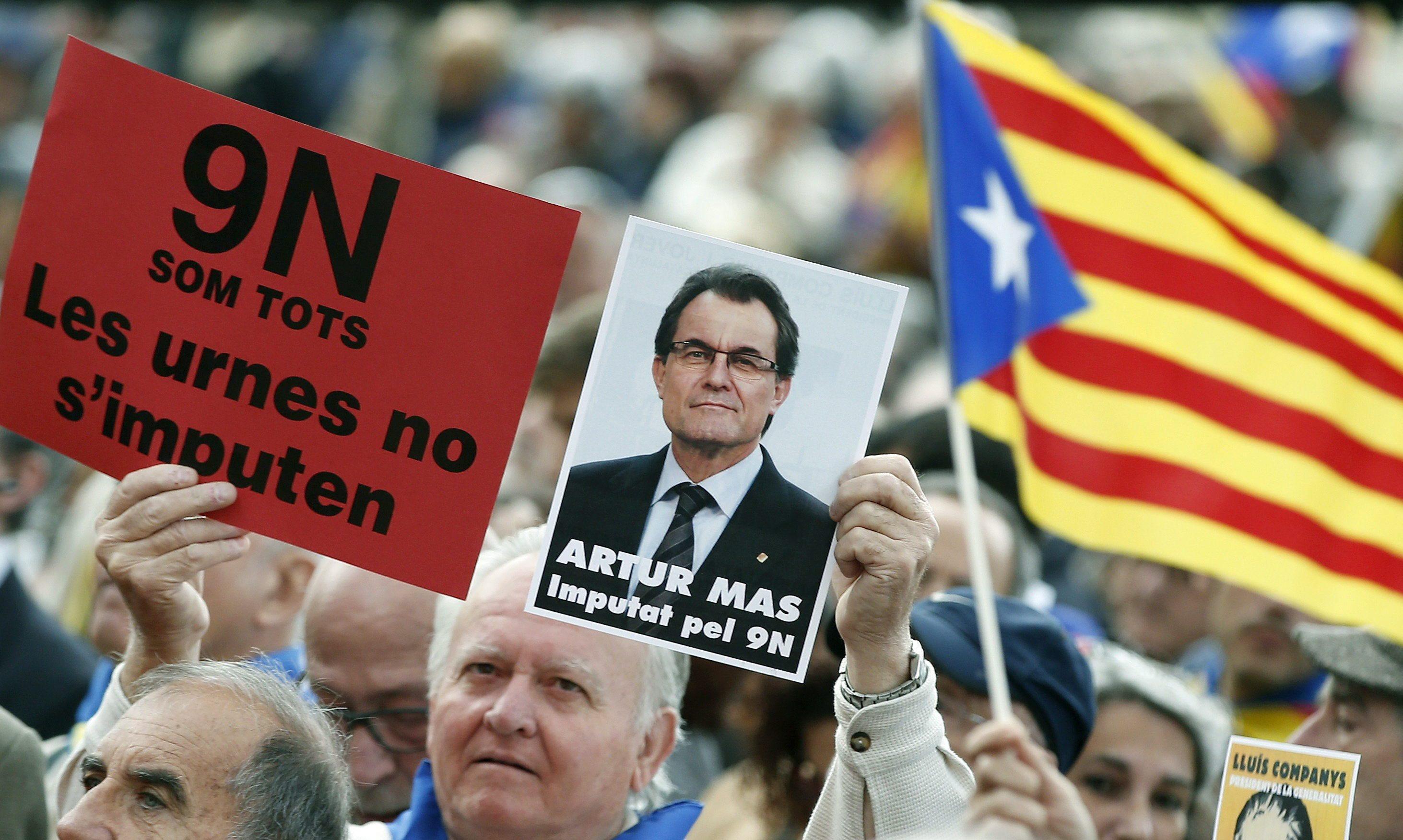 Catalogna, la Corte annulla la dichiarazione di indipendenza