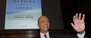 Immigrazione, Alfano ko. L'Ue apre la procedura d'infrazione contro l'Italia