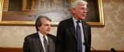 Centrodestra, altolà di Forza Italia: chi torna all'ovile si metta in fila