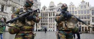 Bruxelles, Salah stava organizzando un attacco a colpi di kalashnikov