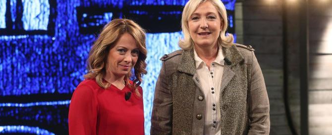 Meloni e Salvini esultano per la vittoria di Marine: «Ora voltiamo pagina anche in Italia»