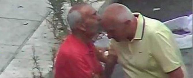 Mafia, a Palermo è di moda il bacio sulla fronte. E il Padrino si elegge