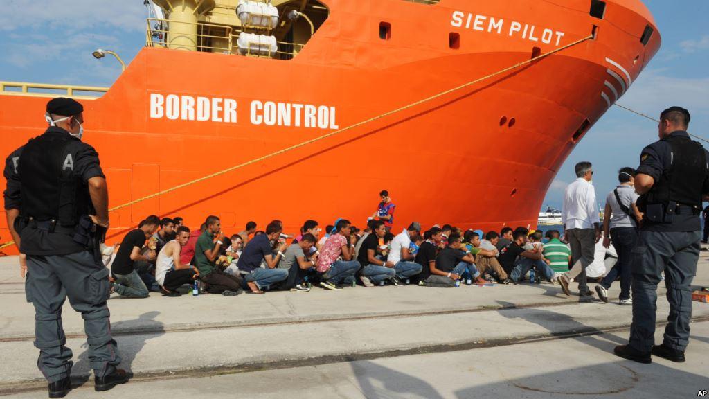 L'invasione dell'Europa: un milione di migranti nel 2015. Quasi 4000 i morti