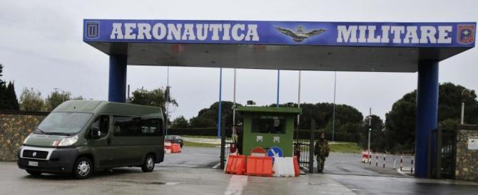 Lucravano sui buoni benzina: condannati due sottufficiali
